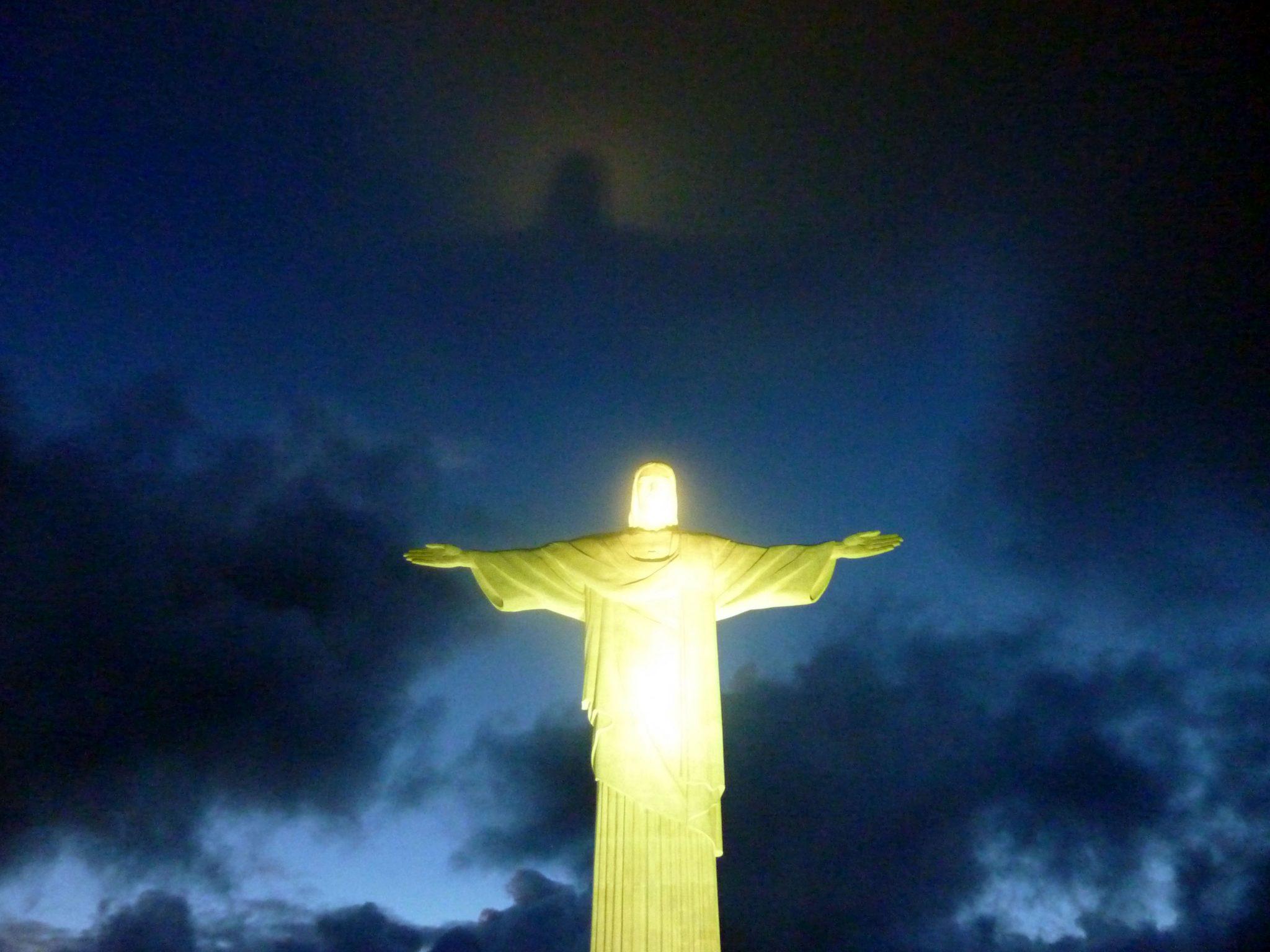 Christo mit Heiligenschein