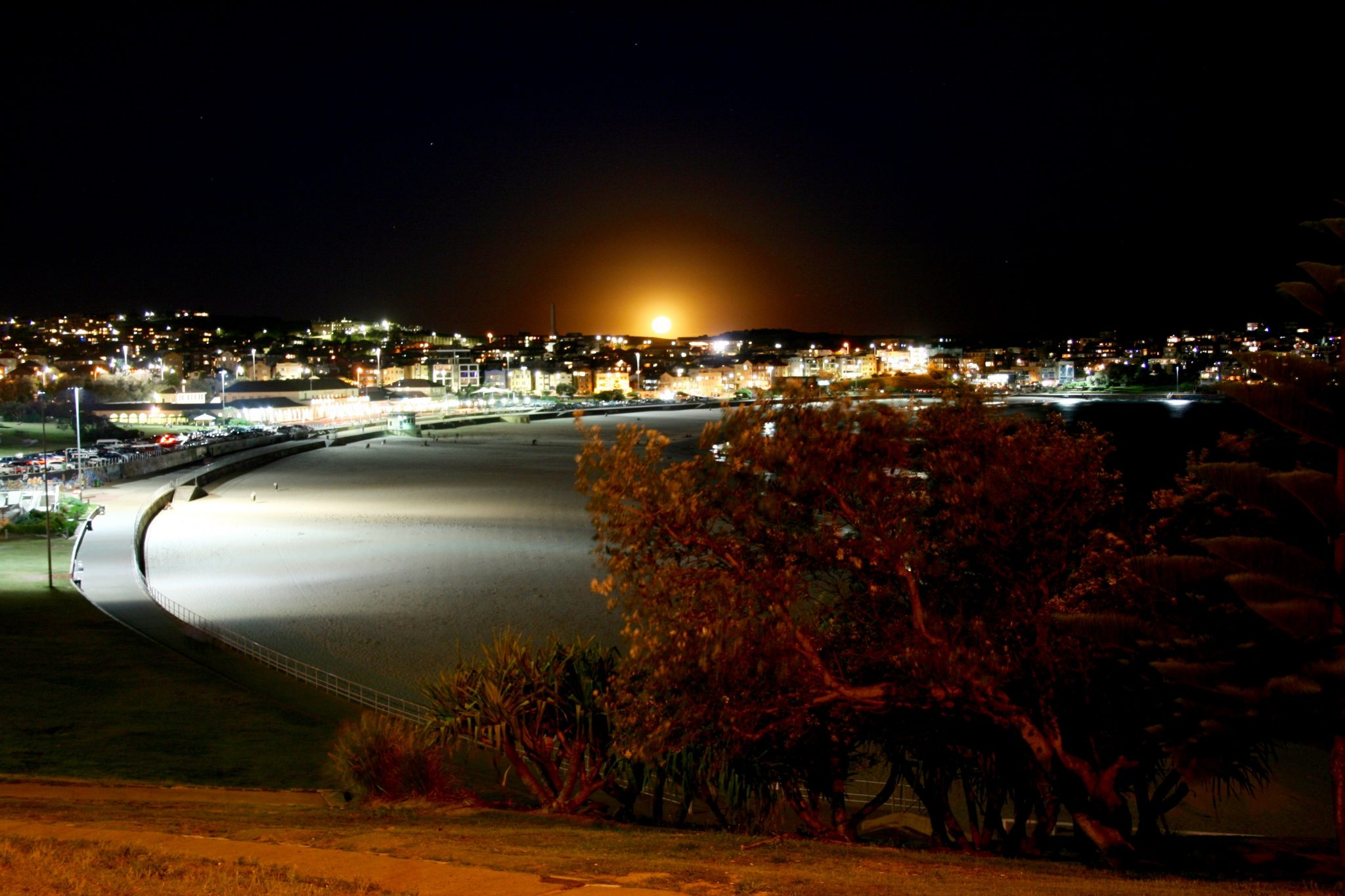 Bondi Beach Moon (1)