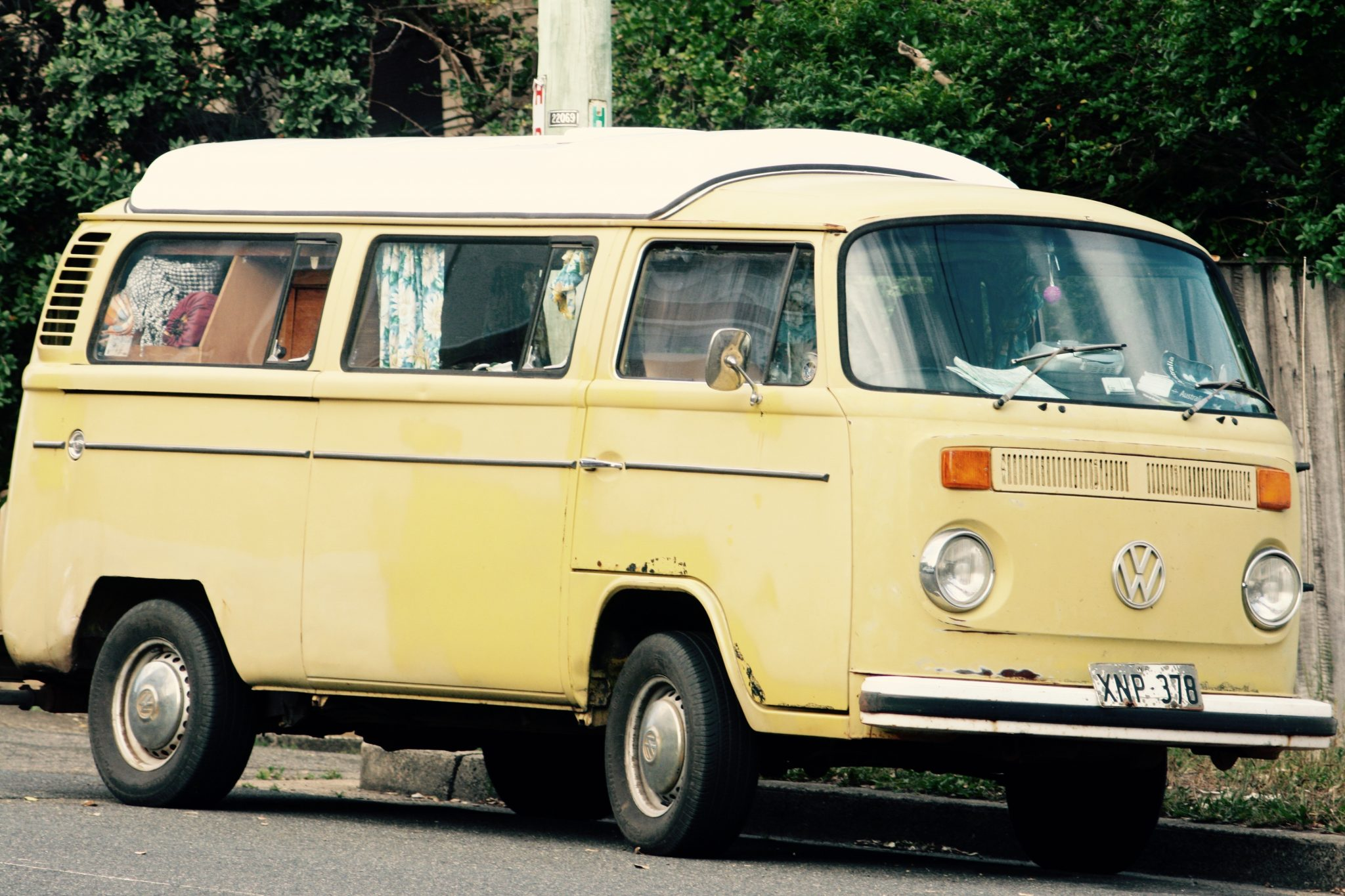 VW Bulli Gelb