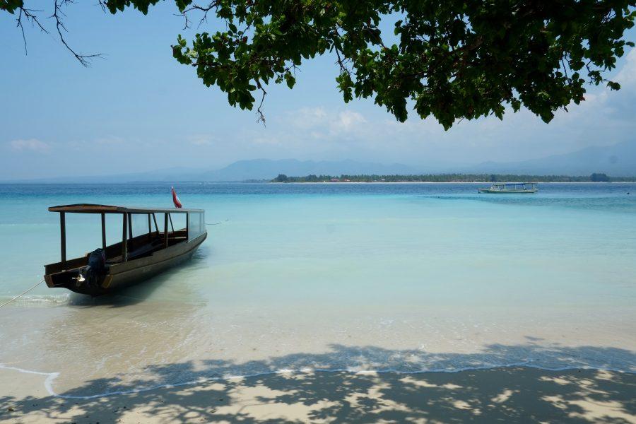 Meer und weißer Sand Gilli