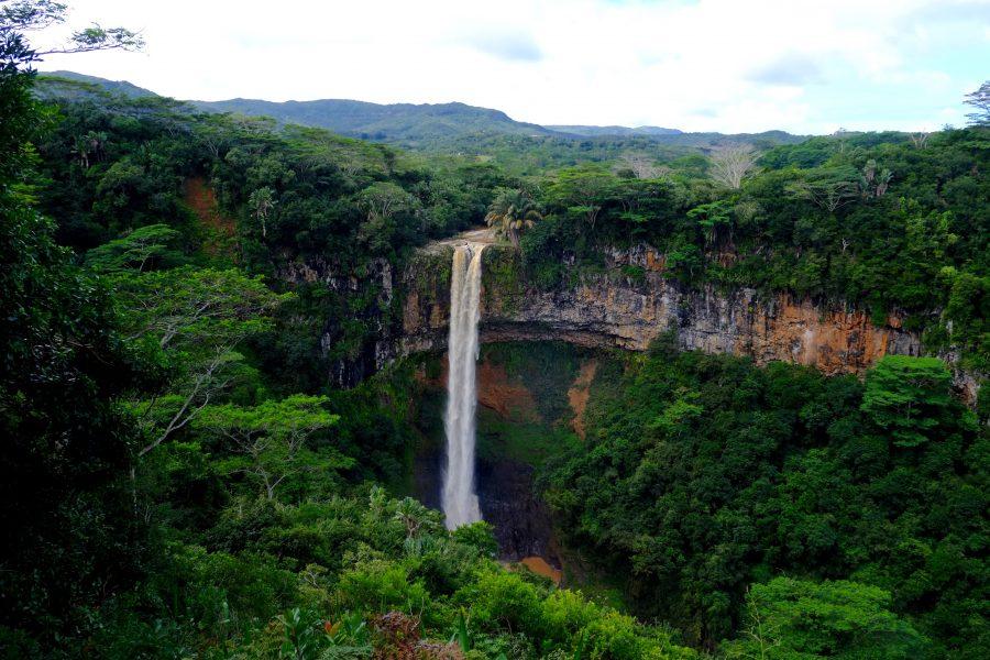 Siebenfarbigen Erde Chamarel Mauritius Wasserfall